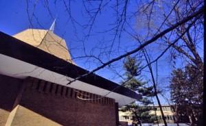 1-calvin-chapel-570x350